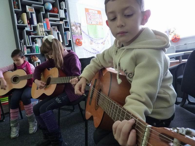 Gitara za najmladje