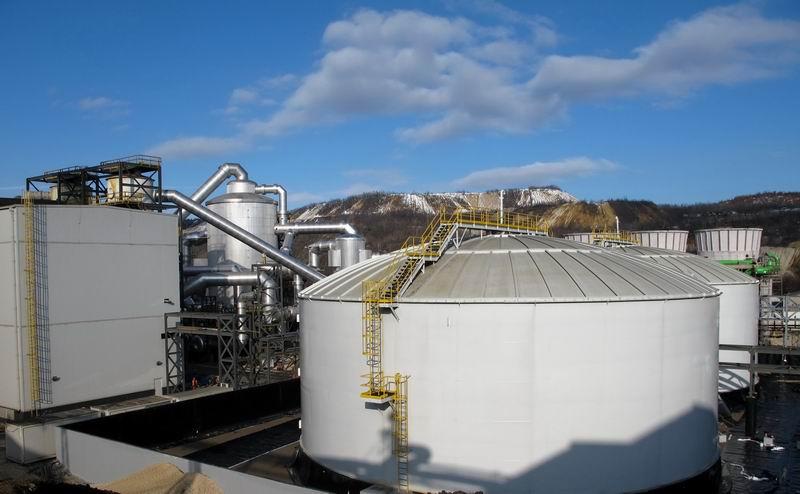 Dva nova rezervoara za skladištenje sumporne kiseline su kapaciteta po 10 hiljada tona