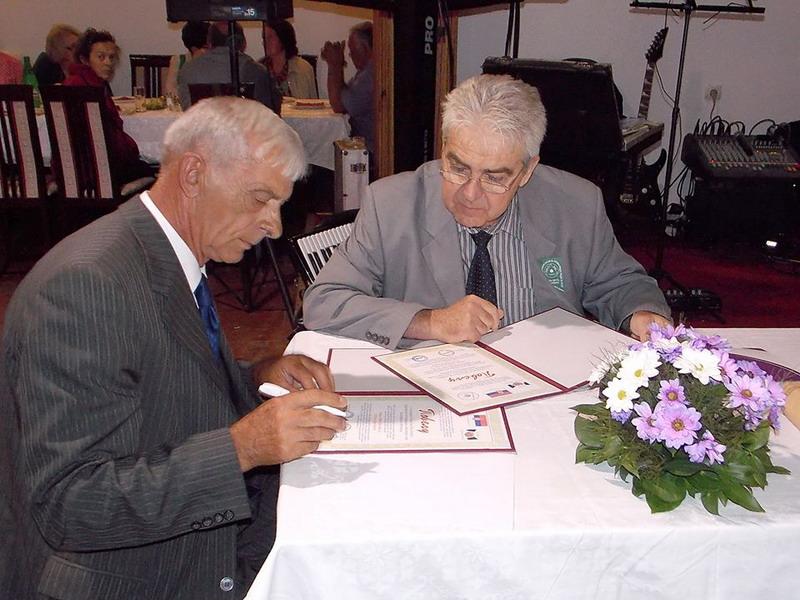 Potpisivanje Povelje o druzenju i medjusobnoj saradnji - Aleksinac i Knjazevac